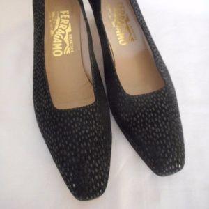 Salvatore Ferragamo Size 7.5 4A Black Pump Shoe